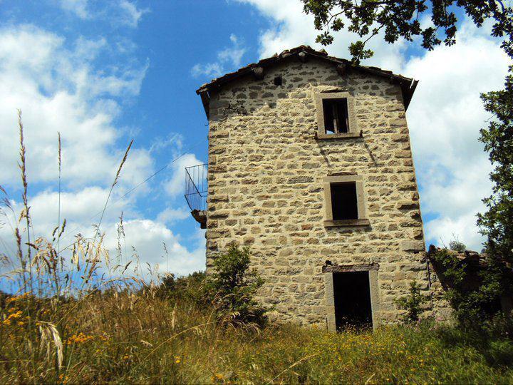 Case In Pietra Antiche : Tag archive antiche case in pietra in italia borgo di laturo