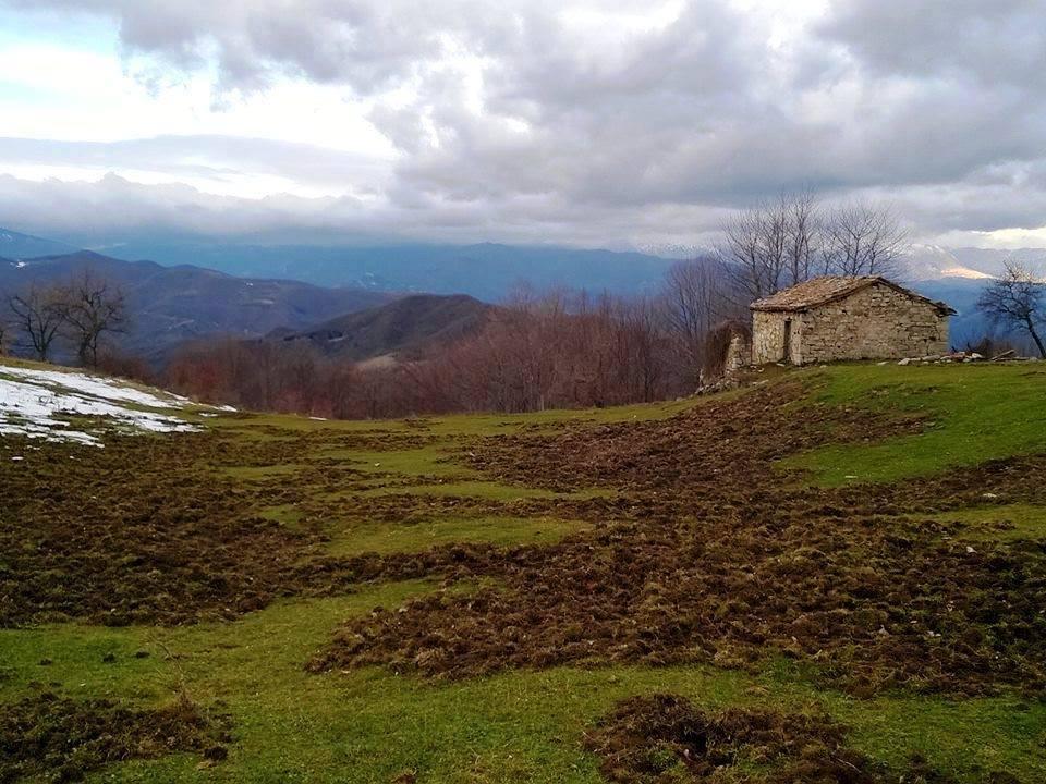 Localita' Cordella. Casalale Il Monte